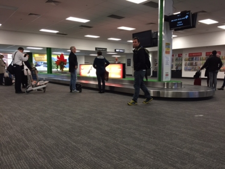 クイーンズタウン空港は荷物受け取りレーン。