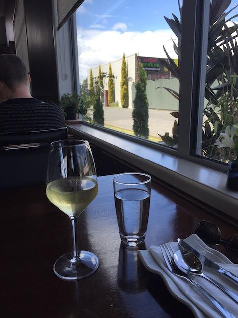 chikos-glass-wine