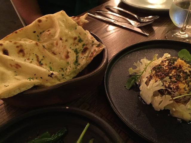 cassia 201702 burrata and garlic naan