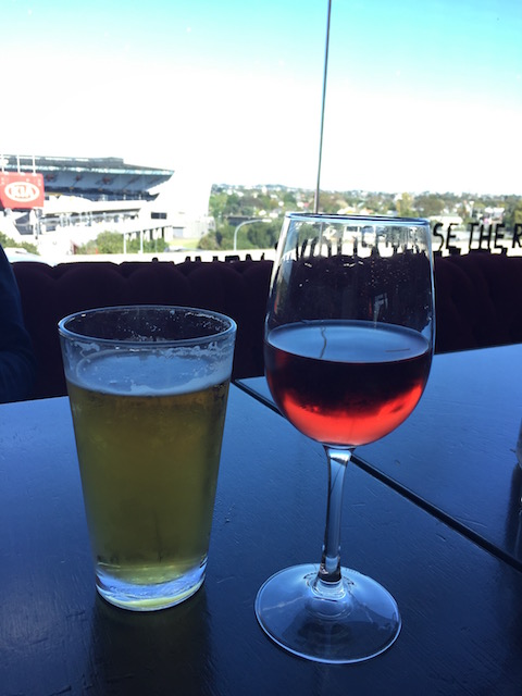neighbourhood cafe kingsland beer and wine