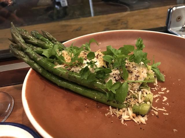 orphans kitchen 201711 asparagus