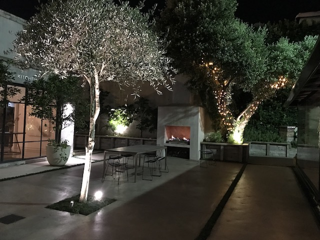 french cafe 201803 patio