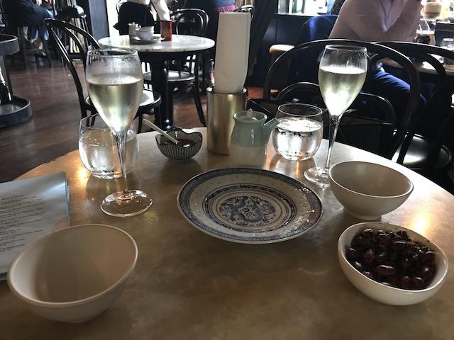 xuxu dumpling bar 201803 table