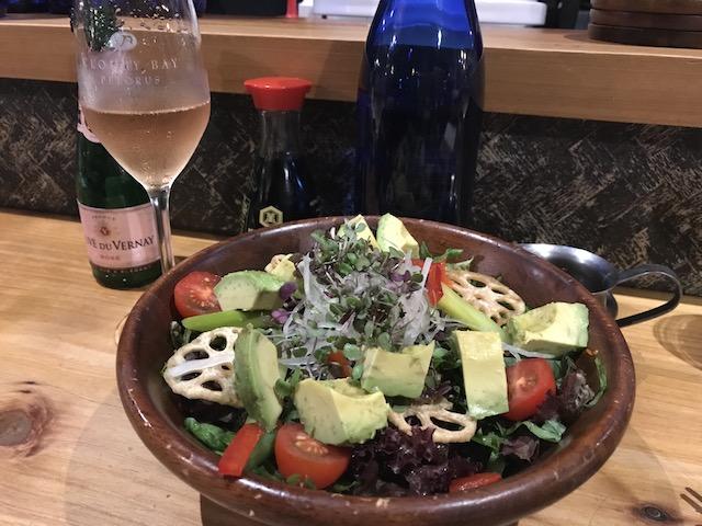 tokyo club 201804 wine & salad