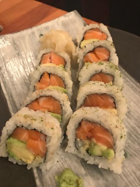 sake bar icco 201806 salmon avo rolls