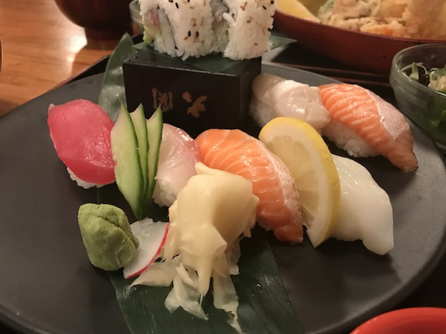 sharaku 201807 sushi lunch