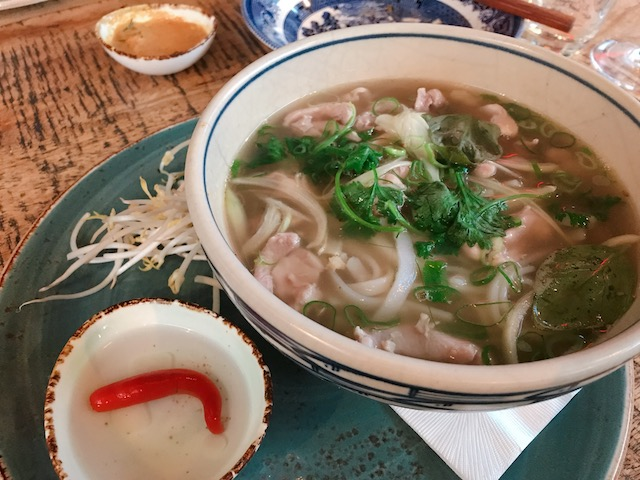 vietnamese kitchen 201902 chicken pho