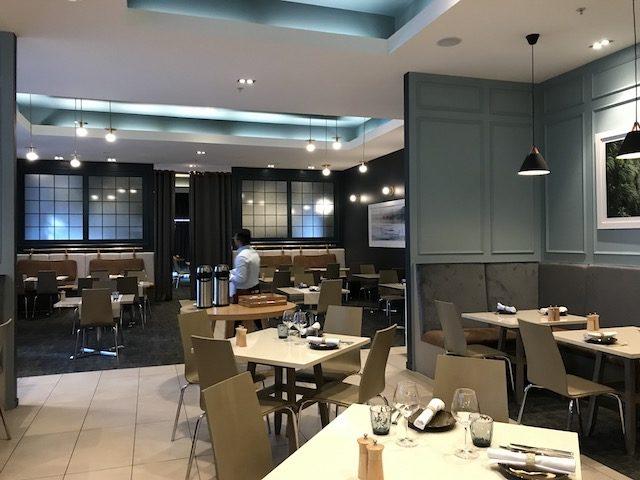 cut 201904 dining area