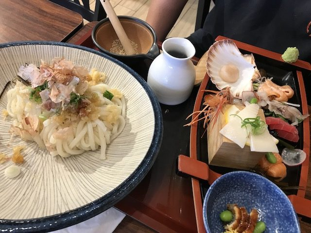 udon works 201904 sashimi udon