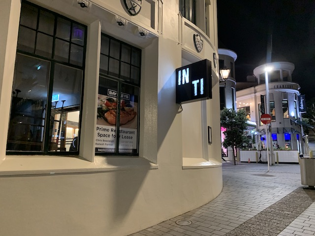 inti closed 201910 sign