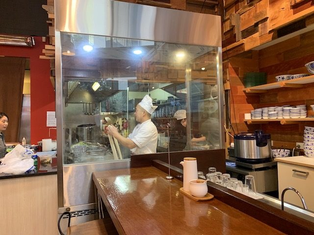 king made noodles 201911 open kitchen