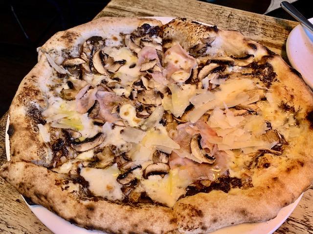 dante's 202001 special pizza