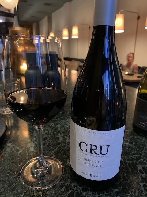 hugo's bistro 202002 wine syrah