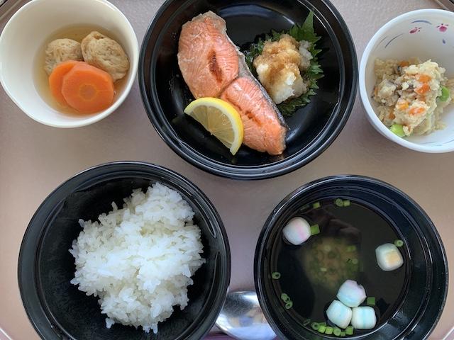 hospital meals 0320D