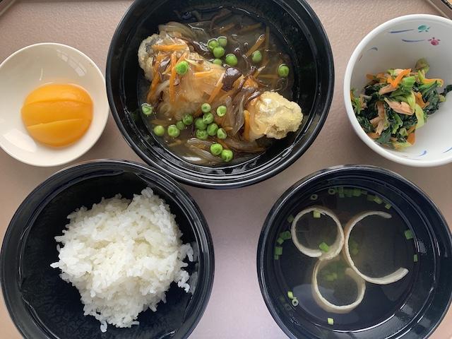 hospital meals 0326L