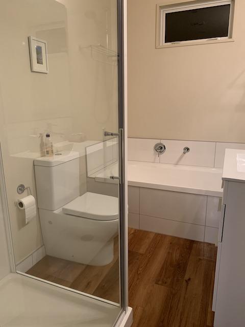 amberley 202106 bathroom