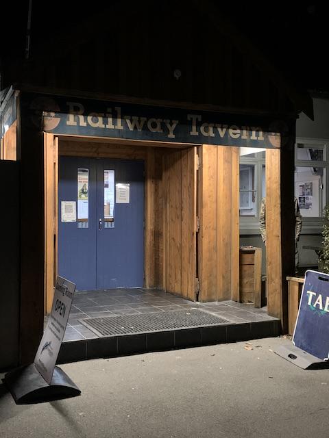 railway tavern 202106 entrance