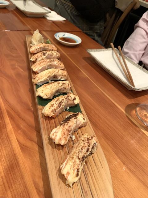 sake bar icco 202106 salmon aburi